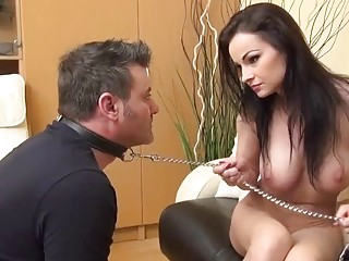 Dominant babe makes her foot slave worship her beautiful toes
