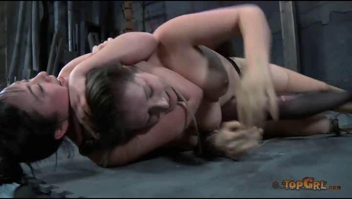 naked girls spread open squirt